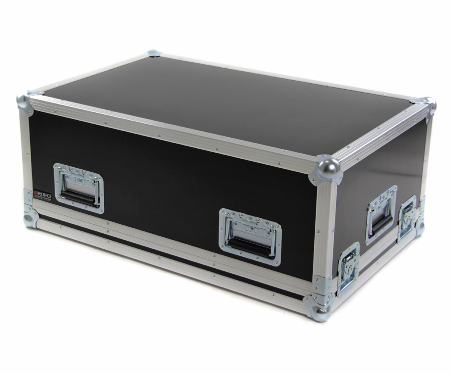 Flightcase til yamaha ql1 m doghouse for Yamaha ql 3